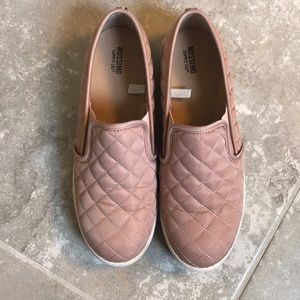 Mossimo slip on sneakers
